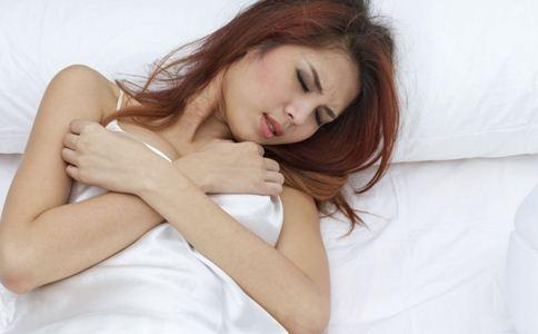 卵泡多大排出 女性排卵时有什么症状 女性卵子什么时候排出