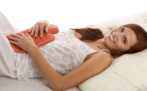 排卵期出血什么症状 什么原因导致排卵期出血 排卵期出血的原因