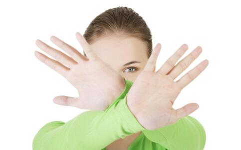 女人排卵期怎么算 排卵期的症状表现有哪些 女人排卵期该怎么护理